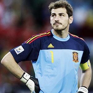 Casillas, con cara de circunstancias en un partido con la selección. Foto: ESPN